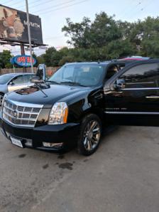 2011 Cadillac Escalade Esv Platinum 123k only! SAFTIED! $31800.