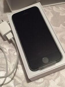 Brand new Telus iPhone 5s