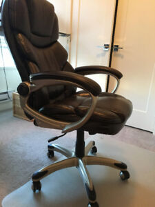 Executive Chair and plastic mat