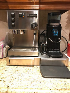 Machine a cafe Rancilio Sylvia V5 + Moulin Rocky+ BASE