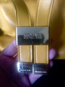 Authentic Michael Kors Mustard Leather shoulder bag Strathcona County Edmonton Area image 2
