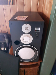 Lots of audio equipment for stereo. Speakers amps cassette