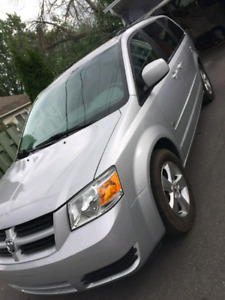 Dodge grand Caravan 2009 se automatique 112000km,