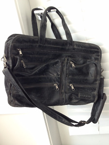 Buxton business briefcase bag - $30 (Langley)