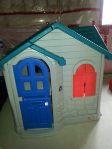Little Tykes Cottage Playhouse
