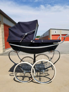Silver Cross Pram, plus extras
