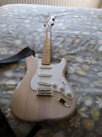 Fender squire sqcv strat