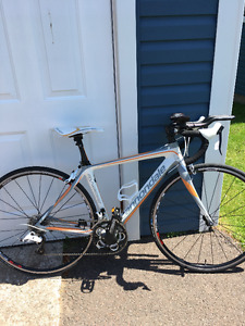2012 Cannondale Synapse Ladies Small Road Bike