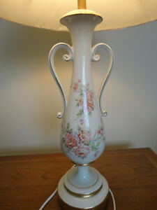 Vintage Victorian Trophy Style Table Lamp w/Pink Roses Kitchener / Waterloo Kitchener Area image 4