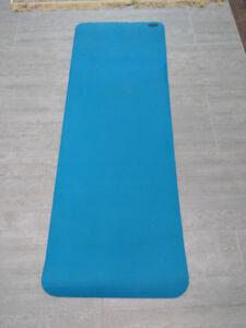 Blue Danskin Deluxe Yoga Fitness Mat
