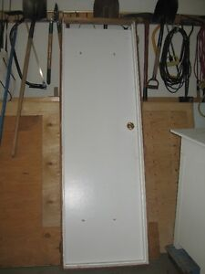 Interior 23.5 wide door and frame, ready to hang and use