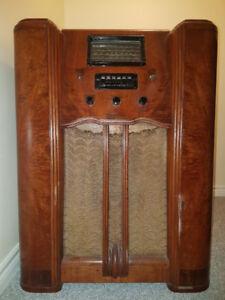 Westinghouse Floor Model Radio