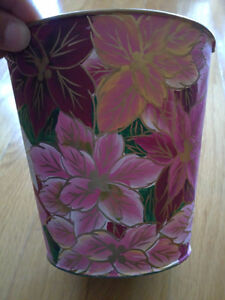 Brand new set of 2 metal painted pink floral planter pot London Ontario image 1