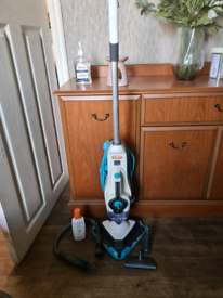 Vax floor and clothes steamer