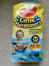 Huggies little swimmers nappies