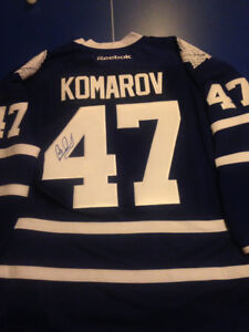 Autographed leafs jersey - New with tags