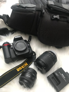 NIKON D7000 Camera (Amazing Condition) + 2 lenses, case, charger