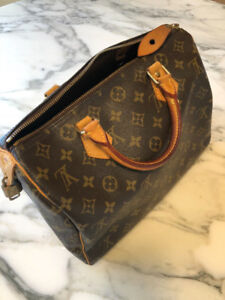Louis Vuitton Speedy 30 Almost Like New