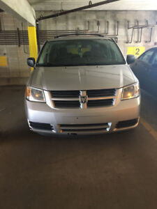 GRAND CARAVAN 2009 - EXCELLENT CONDITION FOR SALE /REDUCED PRICE