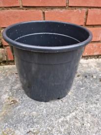Black Plastic Bell Plant Pot 30cm New