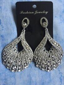 Brandnee Beautiful diamond hanging earings
