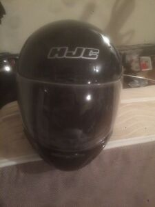 Hardly used sled helmet