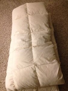 Hutterite queen size feather/down duvet