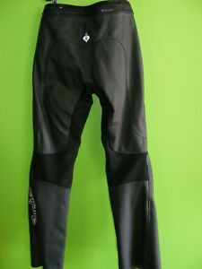 Joe Rocket - Ladies Leather Pants - NEW at RE-GEAR Kingston Kingston Area image 2
