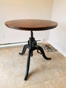 Industrial Style Height Adjustable Bar Table