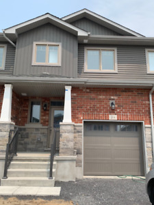 *BRAND NEW BUILD* 3 Bed | 2.5 Bath - For Lease $1950/mo