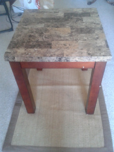 Occasional table/end table