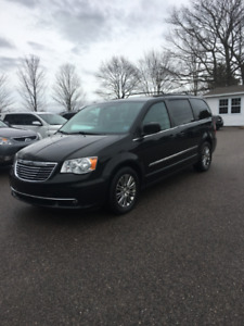 2014 Chrysler Town&Country Stow'N Go