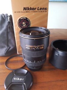 Nikkor 17-55mm f/2.8 G professional quality lens