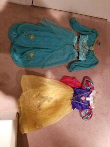 DISNEY - Girl's costumes SIZE:  5 - 6