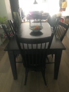 Handcrafted Mennonite Harvest Table and 4 Chairs
