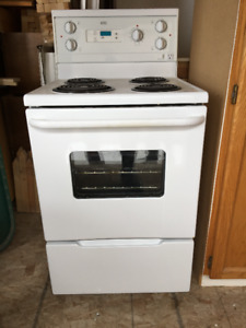 USED APARTMENT SIZED STOVE