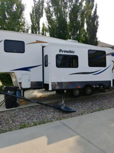 Heartland Prowler 5th wheel 2012 REDUCED PRICE $20,750