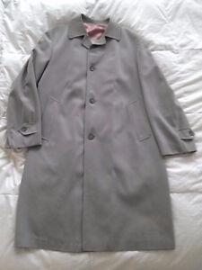 London Fog Top Coat / Maincoat / Raglan @ $50 obo