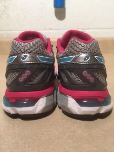 Women's Asics Gel-Fortify Running Shoes Size 9 London Ontario image 5