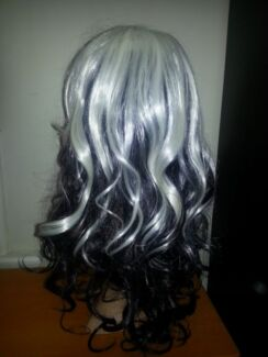 long wig silver and black with bangs Cowandilla West Torrens Area Preview