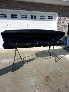 SPORT RACK FOR SKIS/BOARDS LIKE NEW (780)970-1006