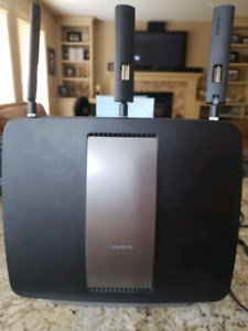 Linksys EA9200 wireless network hub