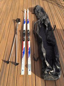 Cross Country Skis (195cm) + Poles + Bag