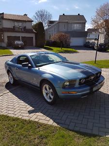 2007 Ford Mustang V6 Auto pony pkg  1 proprio