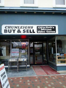 CHUMLEIGHS VIDEO GAMES, SYSTEMS, MOVIES BUY SELL TRADE 876-0255 Peterborough Peterborough Area image 10