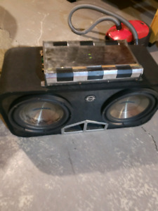 2x insignia subwoofer with insignia amp