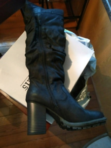 Black over the knee size 9 boots