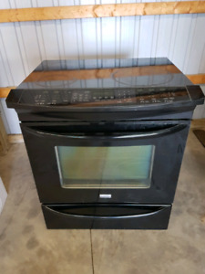 Slide in glass top stove
