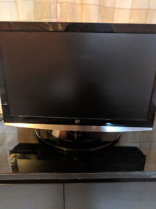 26 inch TV 1080p Westinghouse