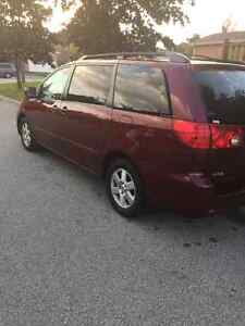 2008 Toyota Sienna LE-One Owner- 149888 KM